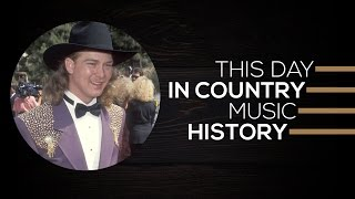 Tracy Lawrence Struck It Big | This Day In Country Music History