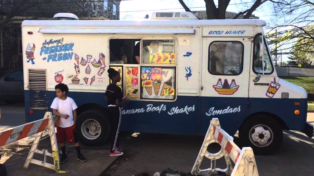 An ice cream truck rolls in Mariners Harbor - YouTube