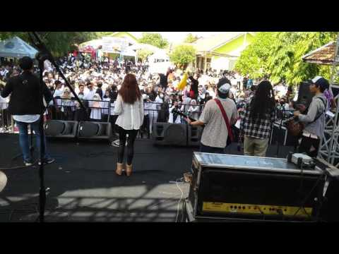 New PECEL LELE Reggae Rock Steady at SMAN1 DRIYOREJO
