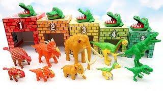 5 Color Dinosaur In Car Garge! Dinosaur Learn Names For Kids - Dino Mom & Baby Fun Video
