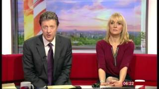 BBC Breakfast - 19/11/15 (Quick Change of Presenter)