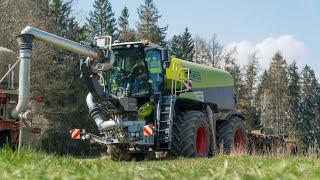 Claas Xerion 4000 Saddle trac | Tractors John Deere 8330 & 8310