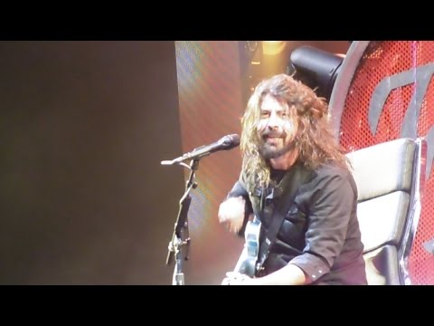 Foo Fighters - Walk @ Milton Keynes National Bowl, 05.09.2015 - HD