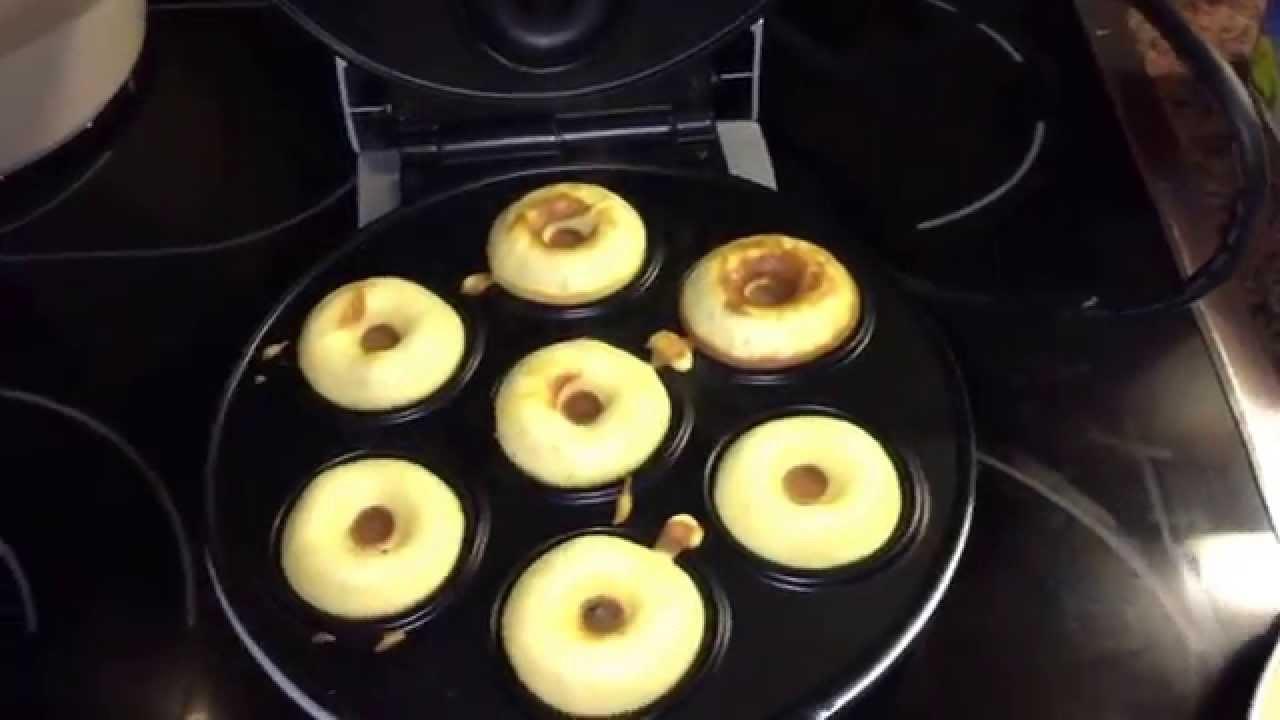 Donuts Rezept Für Donutmaker : donut grund rezept donut maker youtube ~ Watch28wear.com Haus und Dekorationen