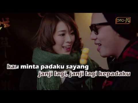 Repvblik - Main Gila (Official Karaoke Music Video)