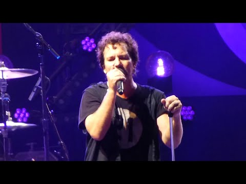 Pearl Jam 07-08-2014 Leeds UK Full Show Multicam SBD Blu-Ray