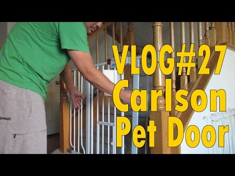 Carlson 0930PW Extra-Wide Walk-Thru Gate with Pet Door Review