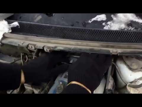Как снять аккумулятор с форд фокус 2 (ФФ2)