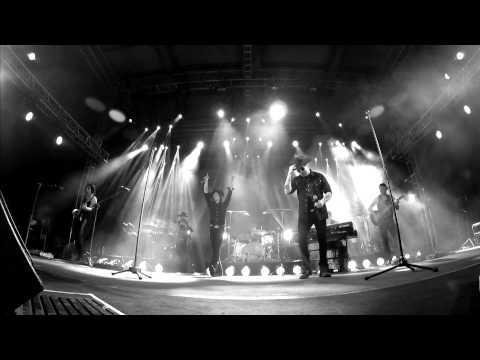 Enrique Bunbury & Andrés Calamaro - Crimen [en directo] (Gustavo Cerati).