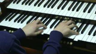Bach - Prelude & fugue in A minor - BWV 559, played by Gert.