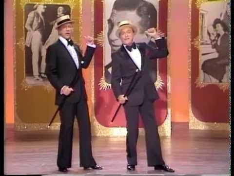 The Bob Hope All Star Christmas Comedy Special - 12/19/1977