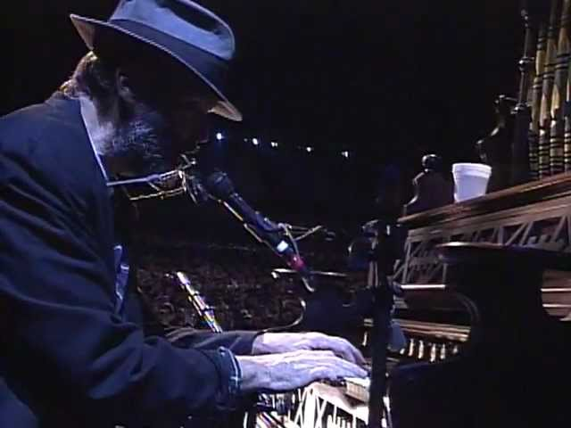 neil-young-after-the-gold-rush-live-at-farm-aid-1998-farmaid