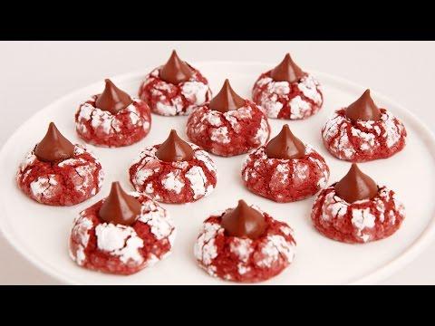 Red Velvet Crinkle Kisses Recipe - Laura in the Kitchen Episode 854