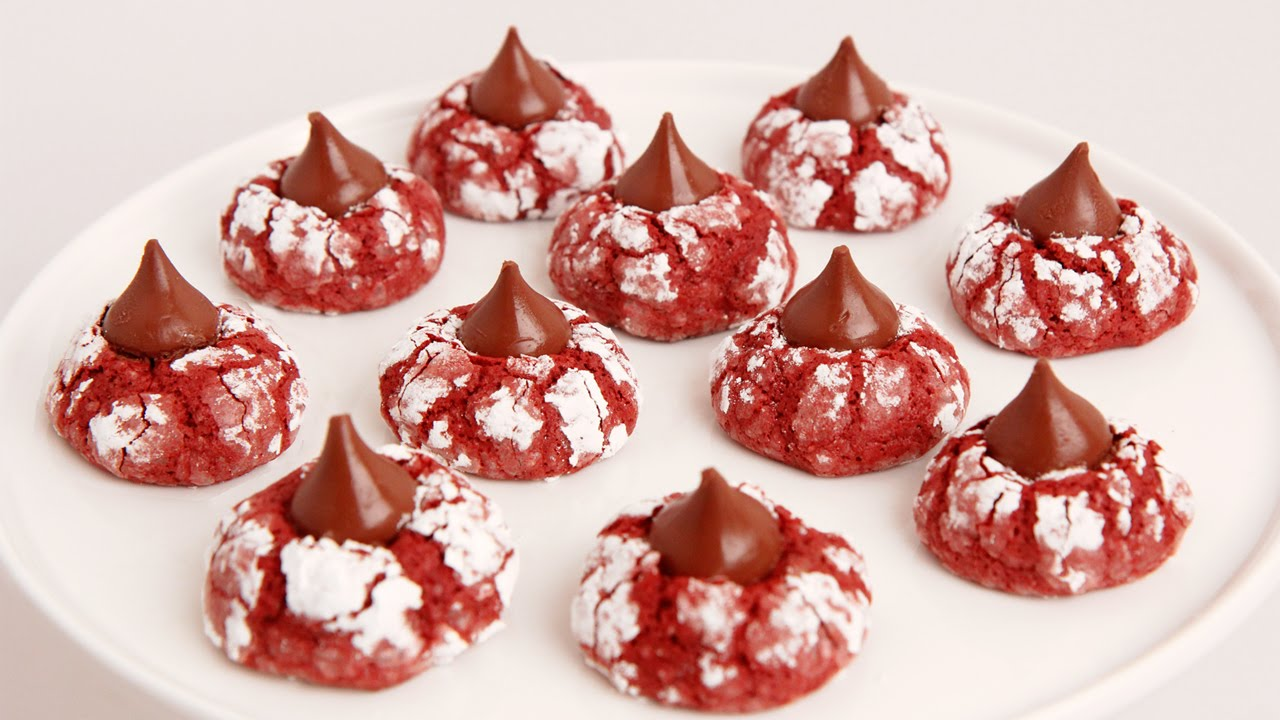 Red Velvet Crinkle Kisses Recipe