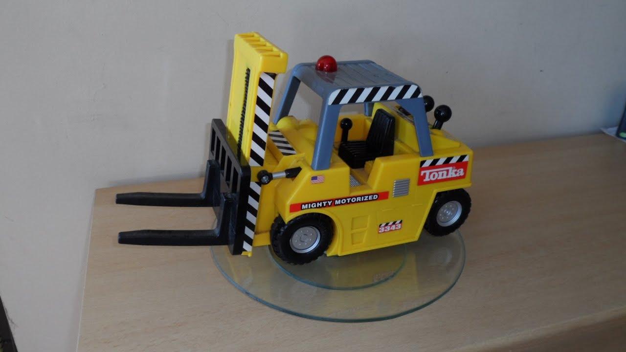 Tonka Toy Trucks >> TONKA MIGHTY MOTORIZED AMAZING TOY 2000 FORK LIFT TRUCK - YouTube