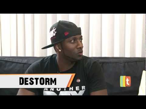 DeStorm Freestyles! (Tubefilter Interview)
