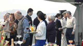 Yangtze River Cruise, the crew of the  Princess Elaine - China Travel Channel