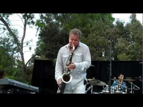 Euge Groove Performs Slow Jam Live at the Hyatt Aviara