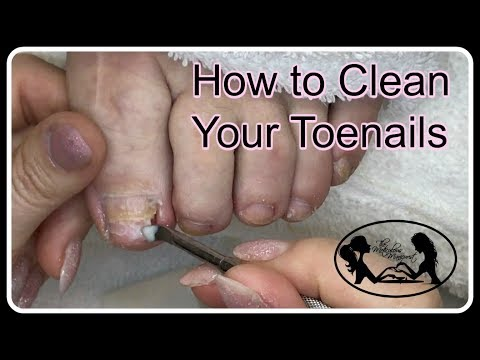 👣 Pedicure Tutorial: How to Clean Your Toenails👣