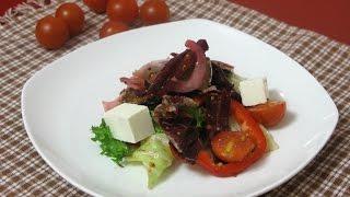 Тёплый салат с баклажанами и свеклой