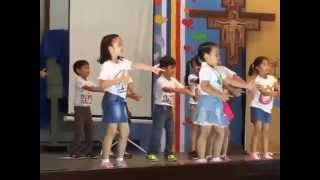 Floyd Dancing Mambo No. 5 @ MBMS CL Mo. Celebration