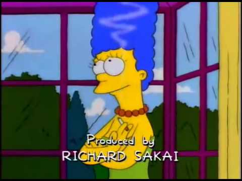 Marge Fumando !