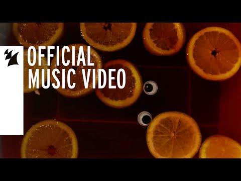 Смотреть клип Dave Winnel Ft. Alst3N - Jungle Juice