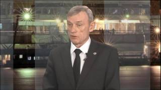 Владимир Литасов: кто в ответе за падающие сосульки и снег с крыш(, 2016-12-08T07:25:19.000Z)