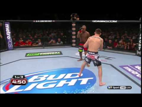 Philly Shell/Shoulder roll in mma? Can it be used to create better defense in mma?