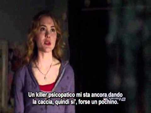 The Nine Lives of Chloe King 1x03 Chloe and Alek funny opening scene!