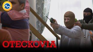 OTECKOVIA - Vlada prepadli vo vlastnom dome. Padlo aj obvinenie