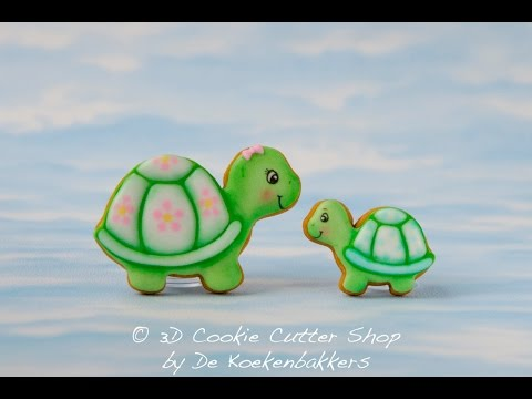 Learn how to decorate Turtle Cookies