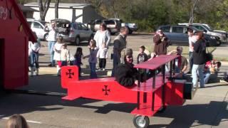 Lewisville XMAS Parade - Snoopy