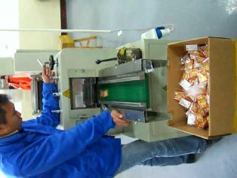 paper car air freshener packing machine UMX 250