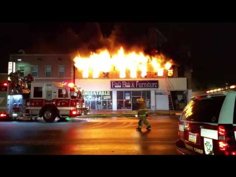 Fred S Beds Furniture Fire Erie Pa Youtube