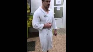 Мирко Филипович принимает ледяную ванну