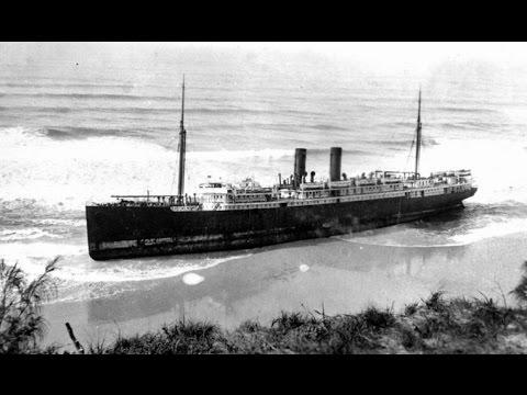 """9 Amazing """"Above-Water"""" Shipwrecks"""