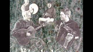 """""""She Moves Through The Fair Jig"""" (Irish - uilleann pipes - Jig at end) - Blackthorn"""
