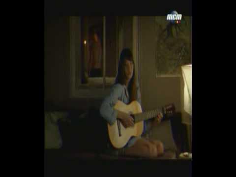 Carla Bruni - Quelqu'un M'a Dit (Lyrics - French / English Translation)