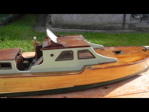 18 hours of detail sanding reveals a very fast renovation. Fast 50's rc boat