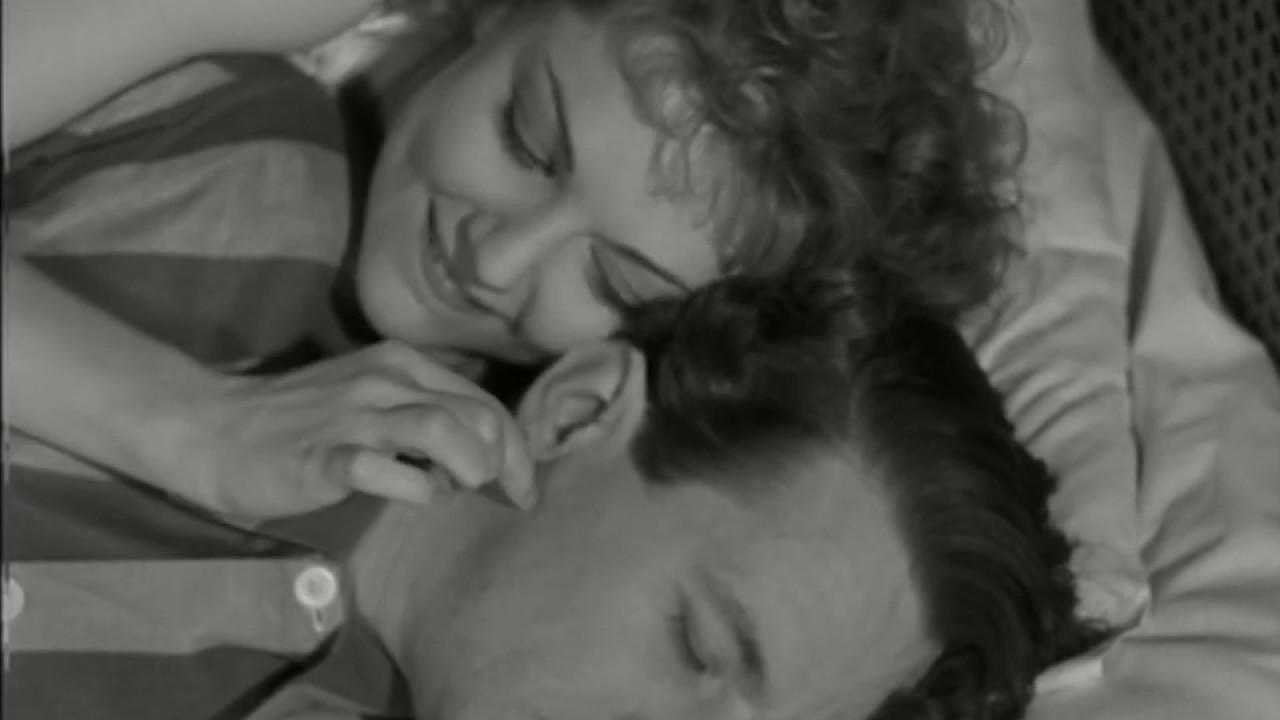 Hans onsdagsveninde (1943) - Du ku' jo bare sige, jeg var din kusine fra landet
