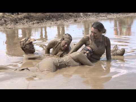 Wallowing in the Mud and the Filth at Mudd Volleyball 2013