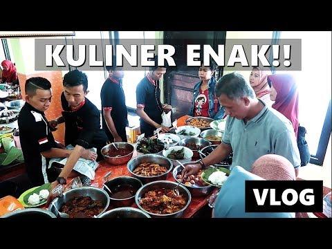 sadis!-nasi-jamblang-ibu-nur-cirebon!-vlog-indonesia-|-vlog-keluarga