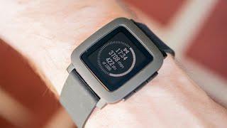 Обзор Pebble Time — лучшие умные часы?