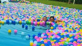 Öykü Plays in big new ball pool