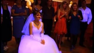 Жених Читает Рэп Невесте!!!