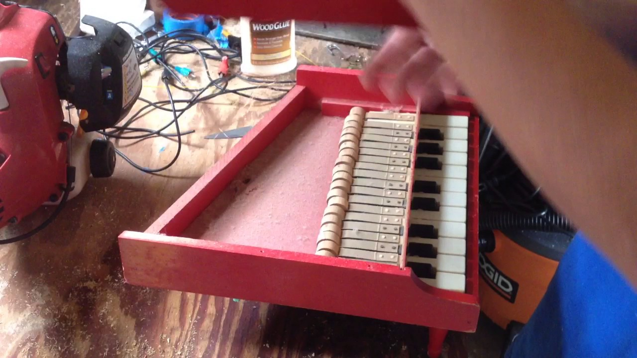 How To Tune A Schoenhut Baby Grand Toy Piano Youtube