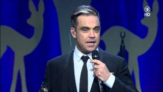 Miss Bambi 2013 - Giving Robbie Williams the BAMBI Thumbnail