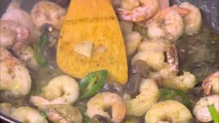 جمبري بالمشروم والذرة الحلوة - سلطة كاليماري مسلوق #شبكة_وصنارة #هشام_السيد #cbcsofra