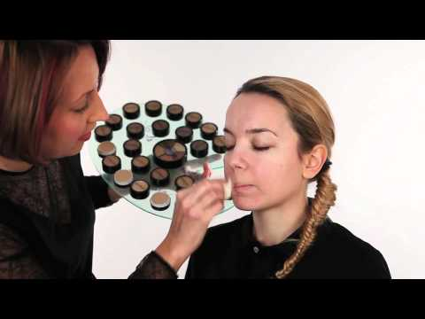 Primer – how to prep skin before applying make up to help it remain fresh and last all day